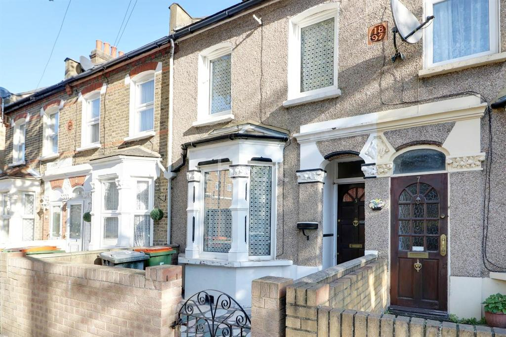 3 Bedrooms Terraced House for sale in St Martin's Avenue, East Ham