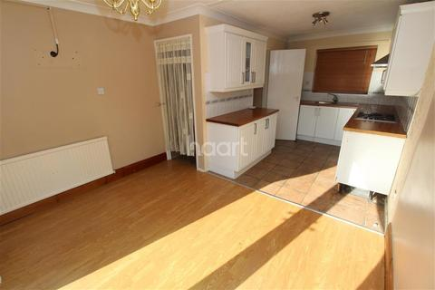3 bedroom end of terrace house to rent - Henray Avenue, Glen Parva
