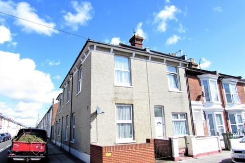 5 bedroom property to rent - Delamere Road, Southsea, PO4