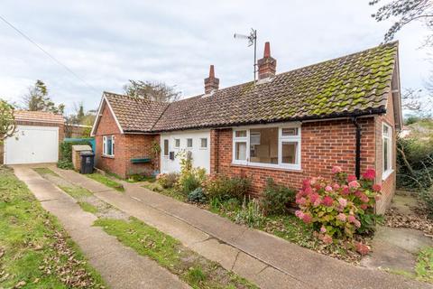 2 bedroom detached bungalow to rent - Ovingdean Road , Ovingdean BN2