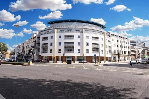 3 bedroom flat to rent - Grand Parade, Brighton, BN2