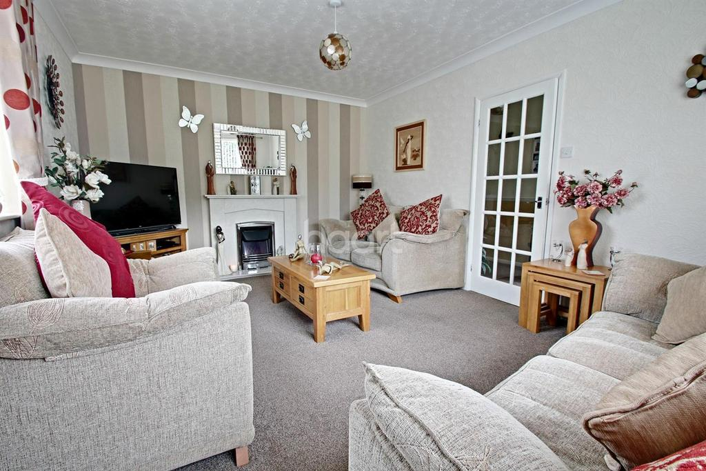 3 Bedrooms Bungalow for sale in Newark Road, Lincoln