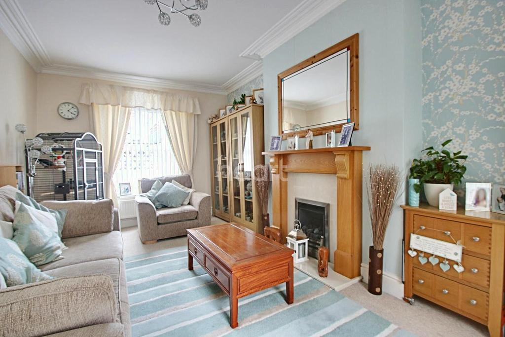 3 Bedrooms End Of Terrace House for sale in Kensington Place, Mutley