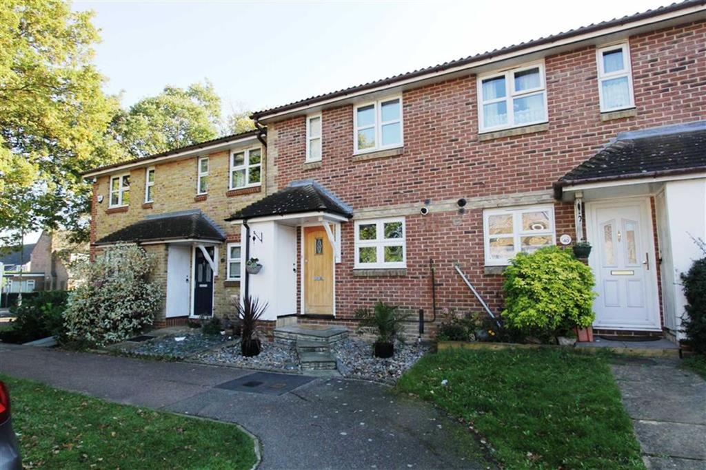 2 Bedrooms Terraced House for sale in Carpenter Close, Billericay