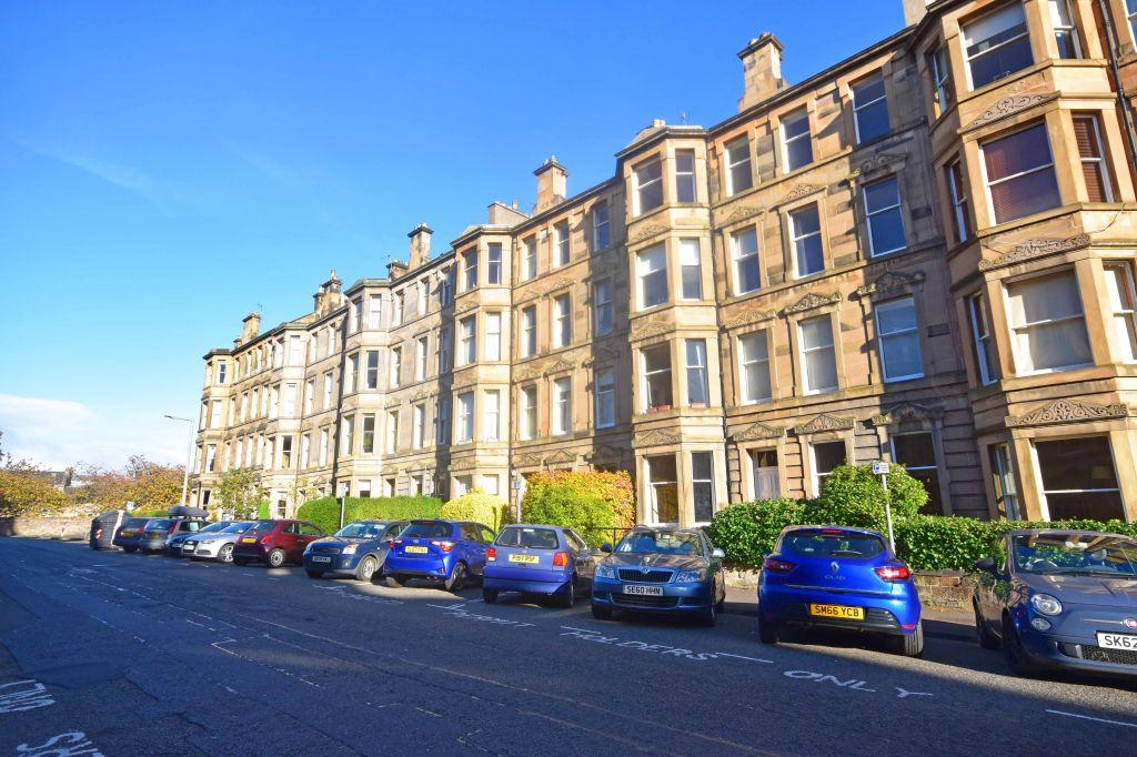4 Bedrooms Flat for sale in 6/3 Woodburn Terrace, Edinburgh, EH10 4SH