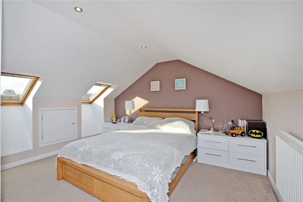 3 Bedrooms Maisonette Flat for sale in Stanley Court, Stanley Road, Sutton, SM2