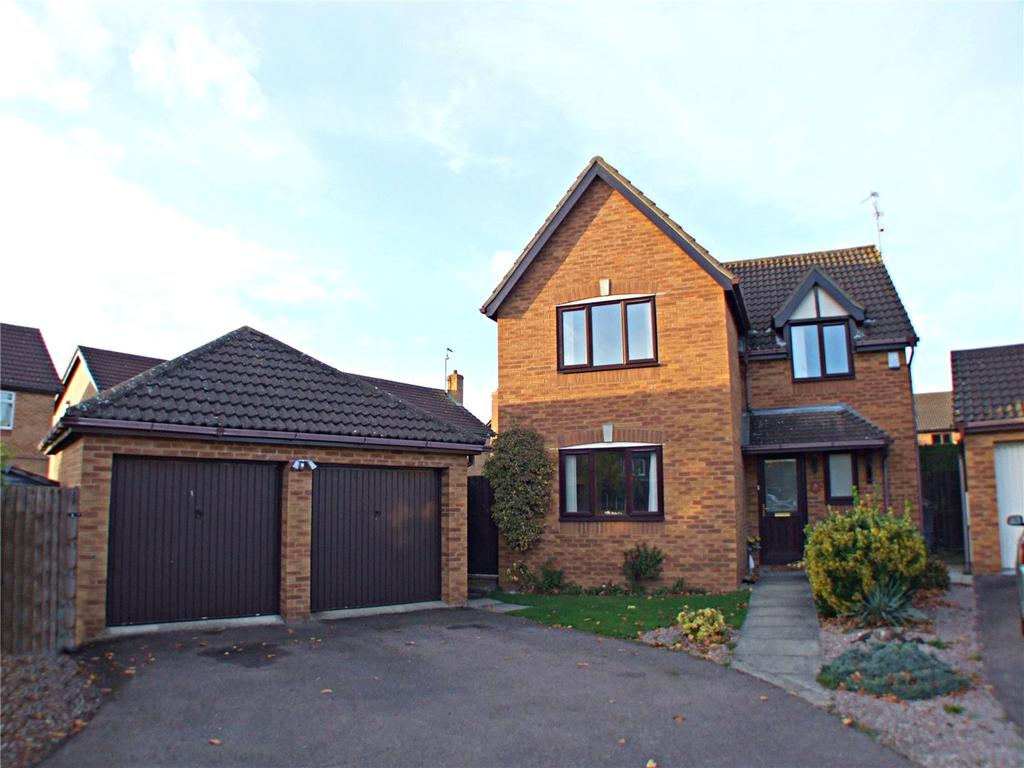 4 Bedrooms Detached House for sale in Lamport Close, Market Deeping, Peterborough, PE6
