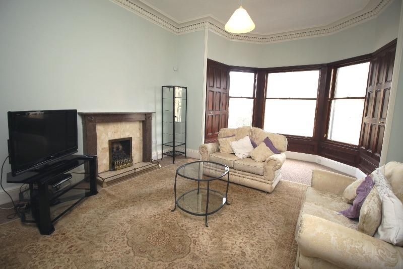 2 Bedrooms Flat for rent in Palmerston Place, West End, Edinburgh, EH12 5AY
