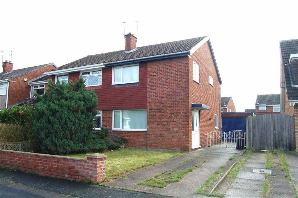 3 Bedrooms Semi Detached House for sale in Farmstead Way, Great Sutton, CH66
