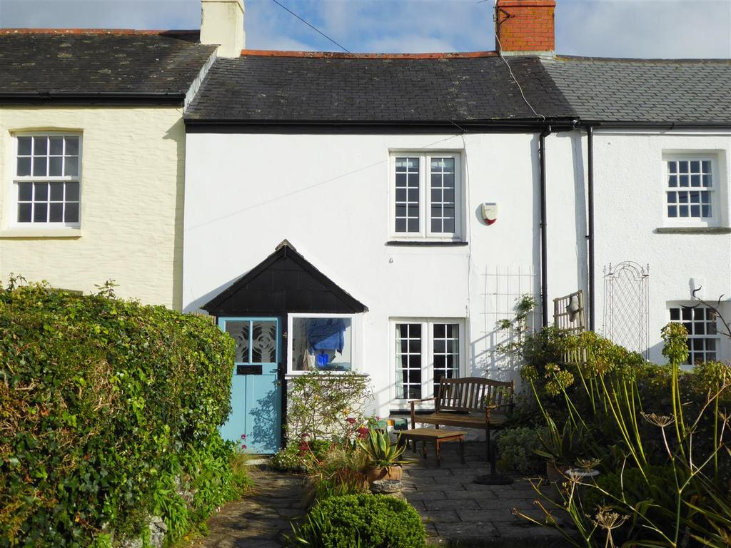 2 Bedrooms Terraced House for sale in Veryan Green