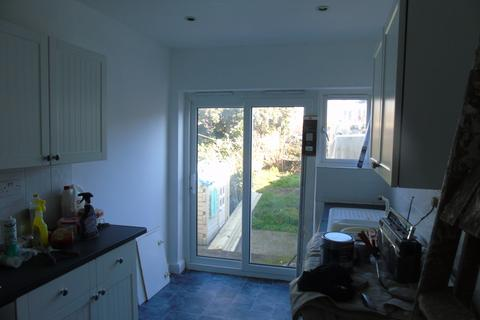 2 bedroom terraced house to rent - Drayton Road, North End, Portsmouth PO2
