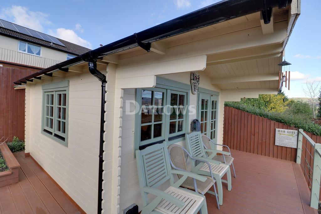 3 Bedrooms Bungalow for sale in Heol Pwll-y-Pant, Energlyn, Caerphilly