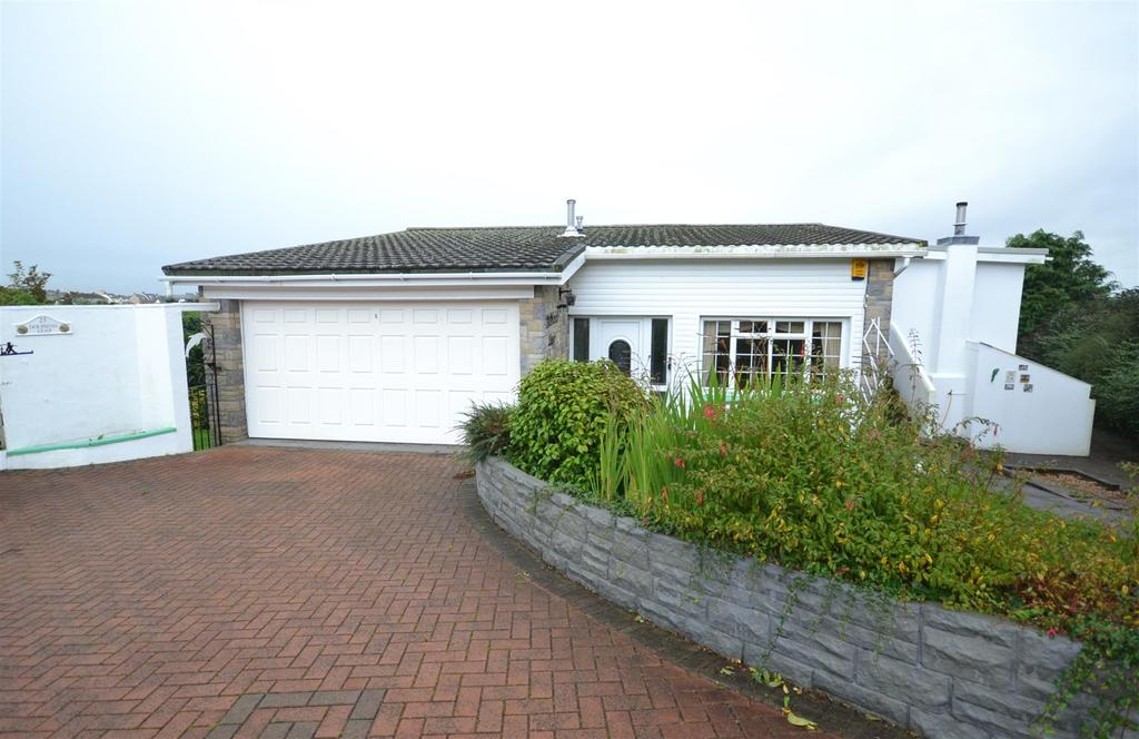 3 Bedrooms Detached House for sale in Gorsewood Drive, Milford Haven