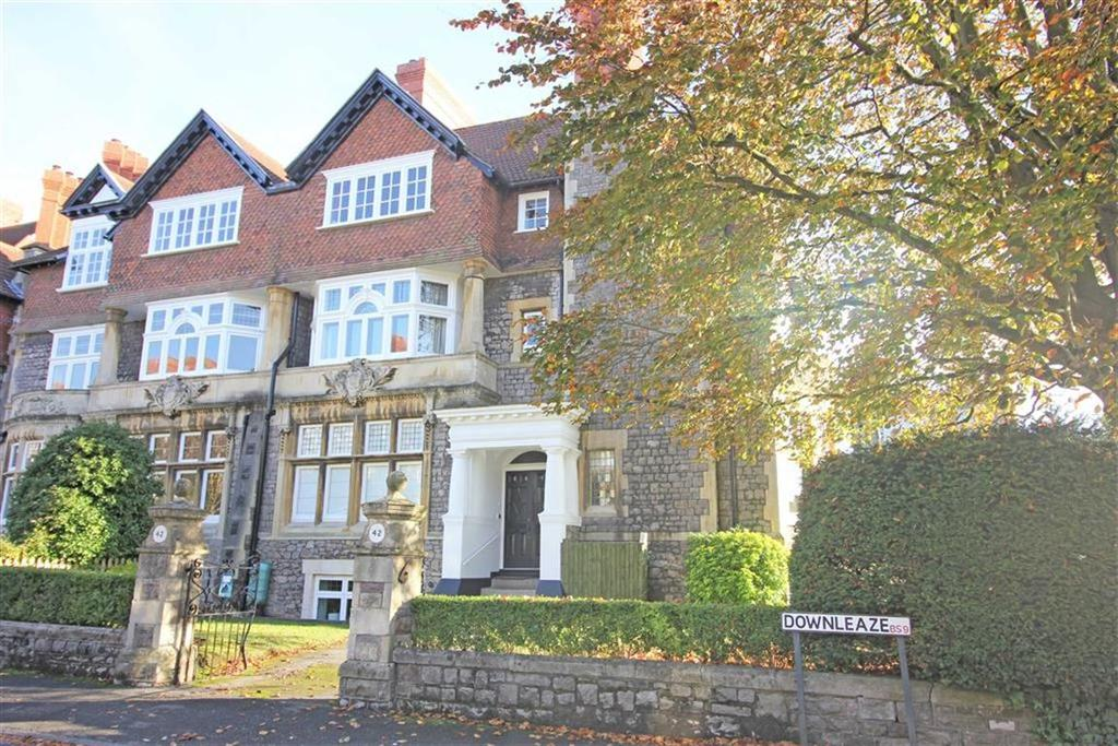 3 Bedrooms Apartment Flat for sale in Downleaze, Sneyd Park, Bristol