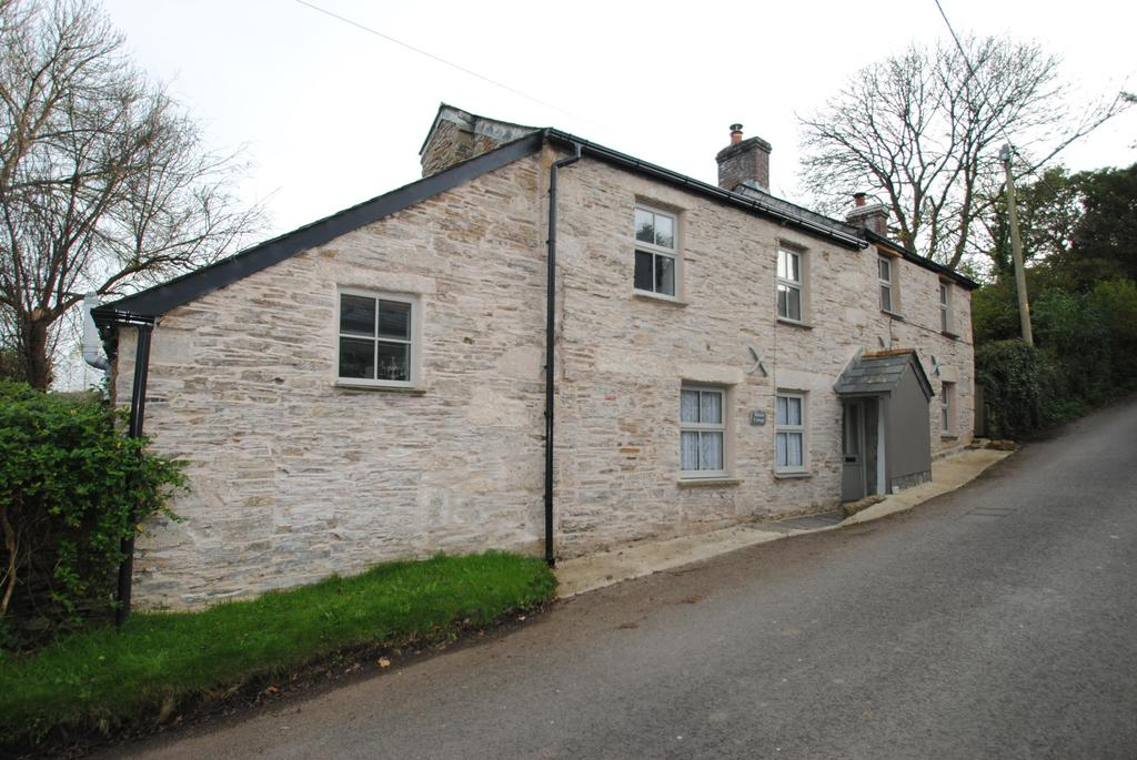 4 Bedrooms Detached House for sale in Luckett, Callington