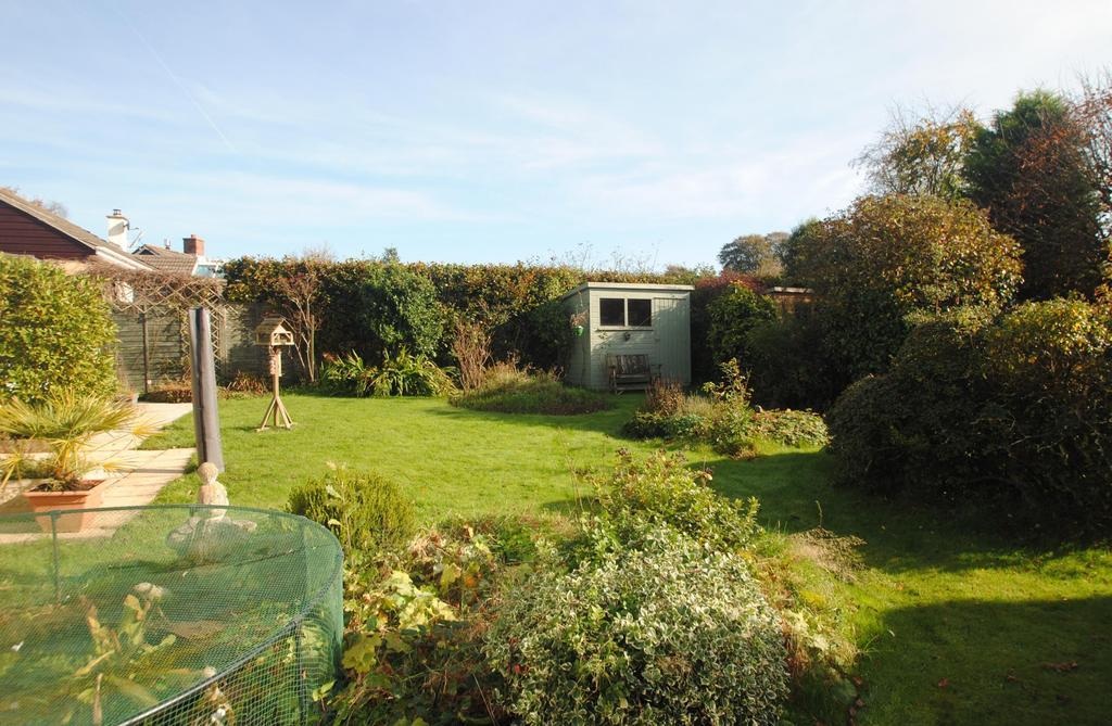3 Bedrooms Detached Bungalow for sale in West Lane, Dolton