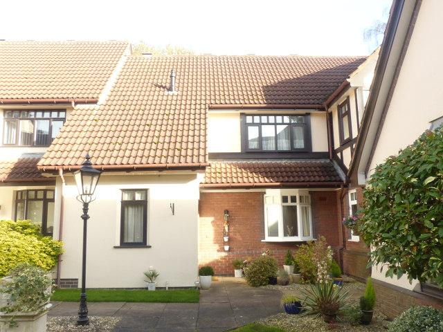 2 Bedrooms Retirement Property for sale in The Dovecotes,Sherifoot Lane,Four Oaks