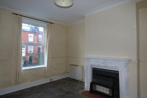 3 bedroom terraced house to rent - Rydall Terrace, Holbeck, LS11 9LD