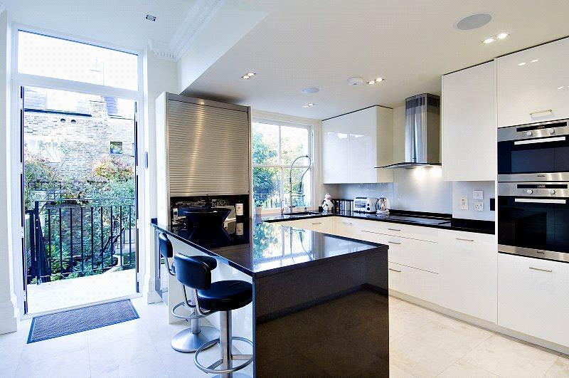 7 Bedrooms Semi Detached House for sale in Lancaster Road, Notting Hill, London, W11