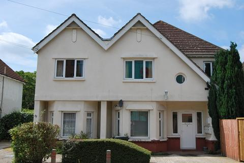 Studio to rent - Southern Road, Camberley, Surrey, GU15 3QL