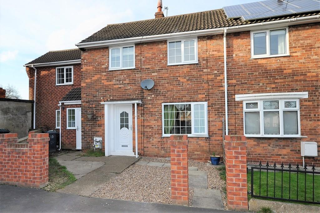 4 Bedrooms Semi Detached House for sale in Pashley Road, Thorne, Doncaster