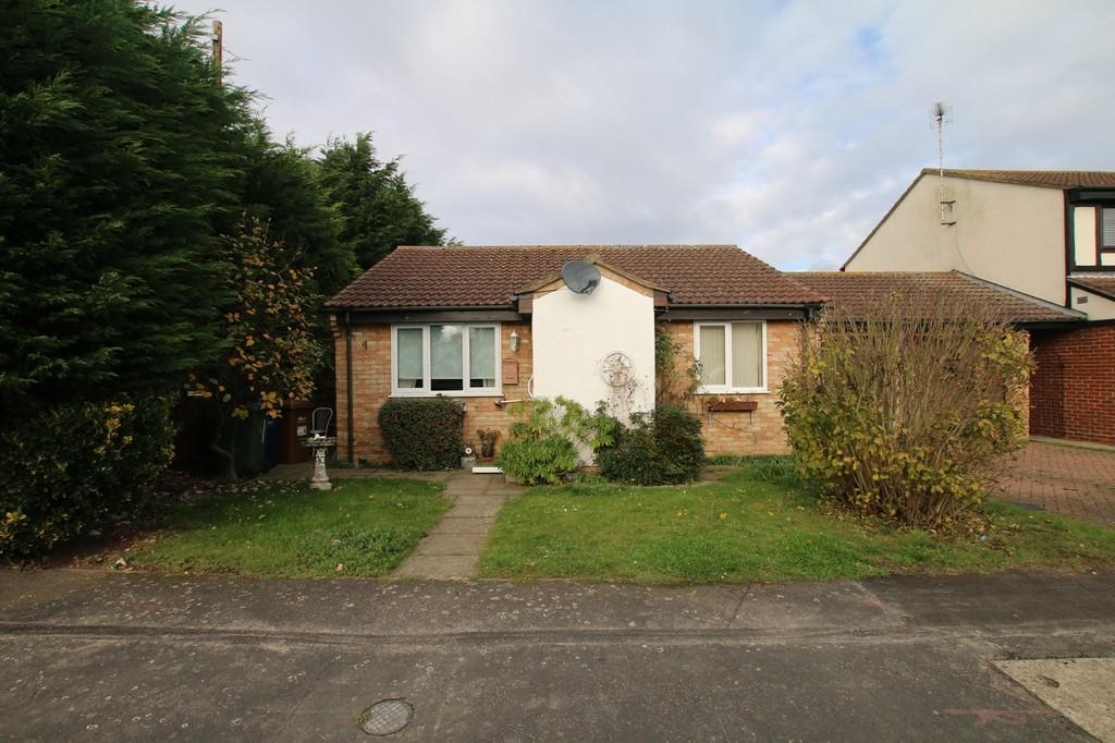 2 Bedrooms Detached Bungalow for sale in Carpenters Way, Doddington, March