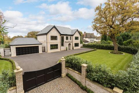 5 bedroom detached house for sale - Stunning new house - adjoining the Mere Golf Resort