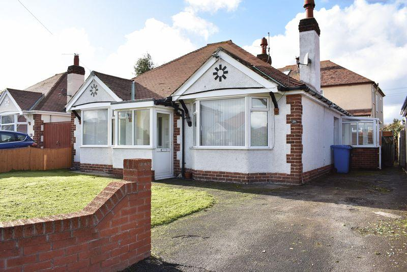 3 Bedrooms Detached Bungalow for sale in Rhuddlan Road, Rhyl