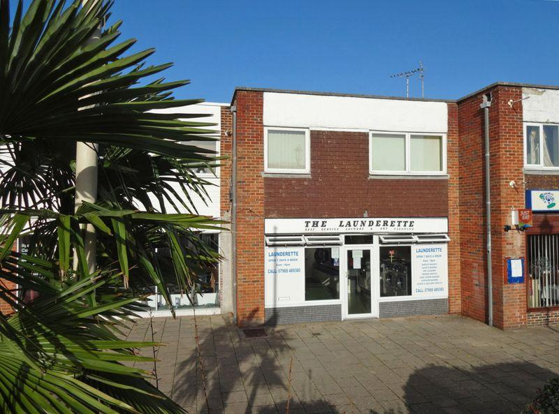 2 Bedrooms Apartment Flat for sale in Felpham Village, West Sussex