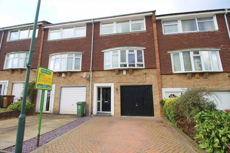 4 Bedrooms Terraced House for sale in Hatherley Road, Sidcup, DA14 4BB