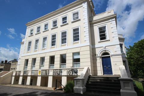 2 bedroom flat to rent - Flat 1, 52 London Road, Cheltenham, Gloucestershire, GL52 6DY