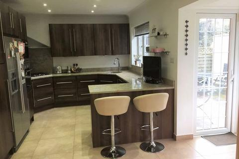 6 bedroom semi-detached house for sale - Fairview Way, Edgware, Middlesex, HA8 8JE
