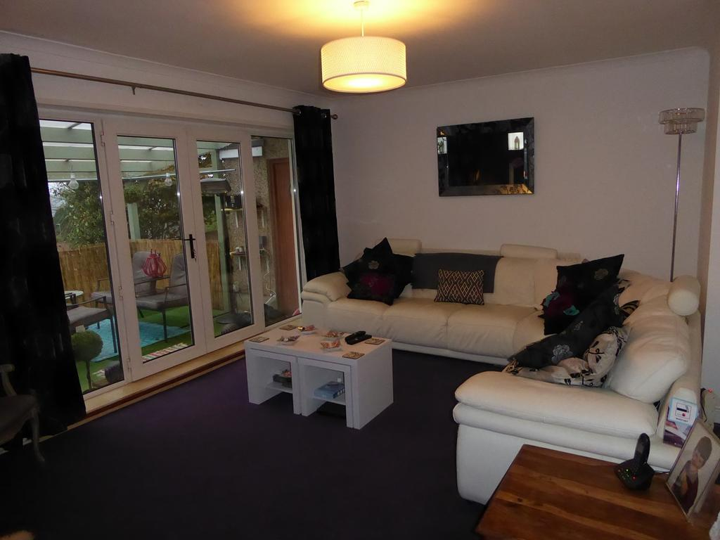 4 Bedrooms Detached Bungalow for sale in Heol Will George, Waunarlwydd, Swansea, SA5