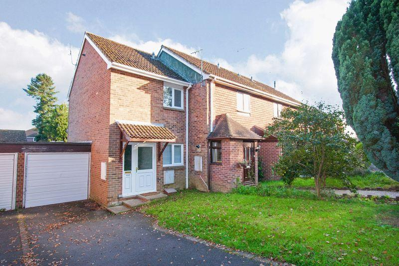 2 Bedrooms Semi Detached House for sale in ***REDUCED*** Wantley Hill, Henfield