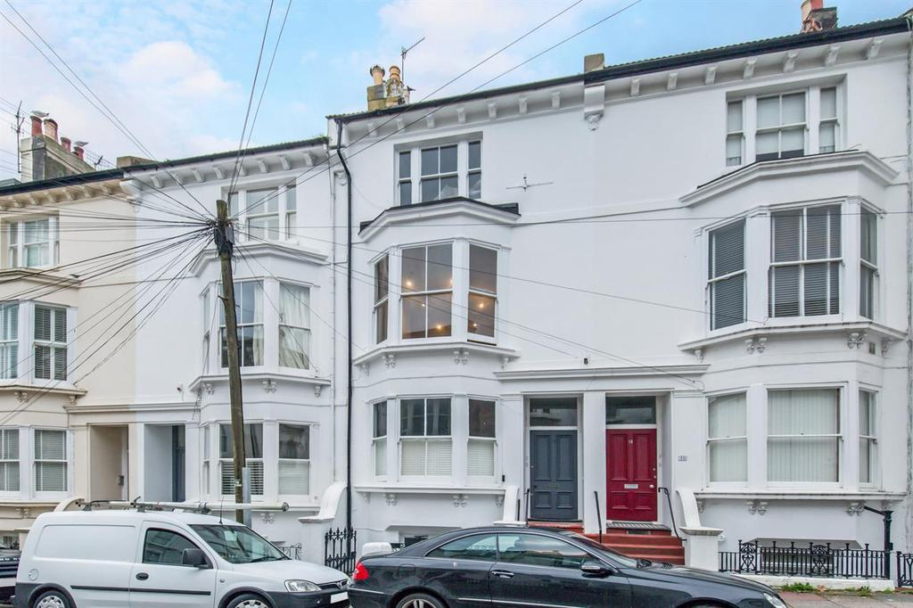 2 Bedrooms Flat for sale in College Road, Kemp Town, Brighton