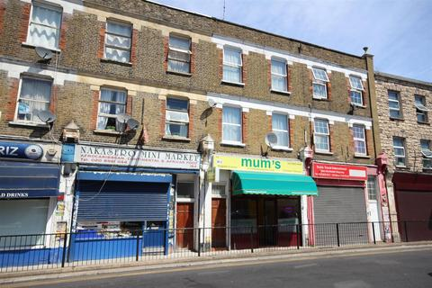 3 bedroom flat for sale - Manor Park Road, London