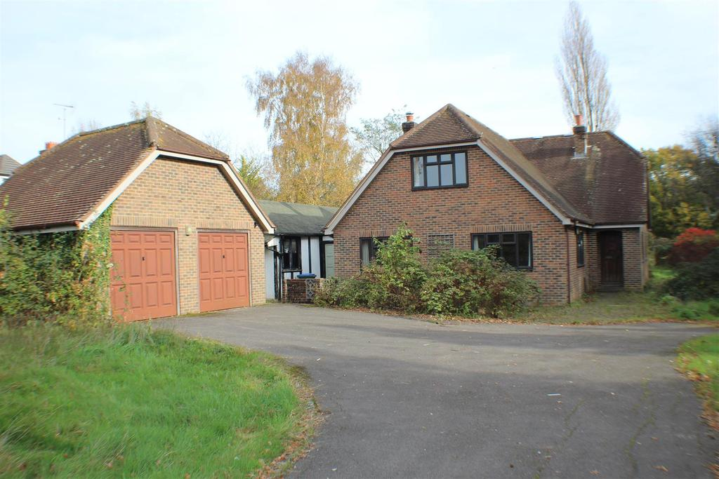 3 Bedrooms Country House Character Property for sale in Bramlands Lane, Woodmancote, Henfield