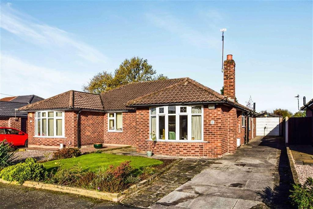 2 Bedrooms Semi Detached Bungalow for sale in Haydock Drive, Timperley, Cheshire, WA15