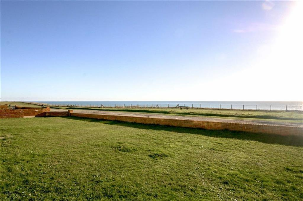 1 Bedroom Apartment Flat for sale in Marine Court, The Esplanade, Telscombe Cliffs