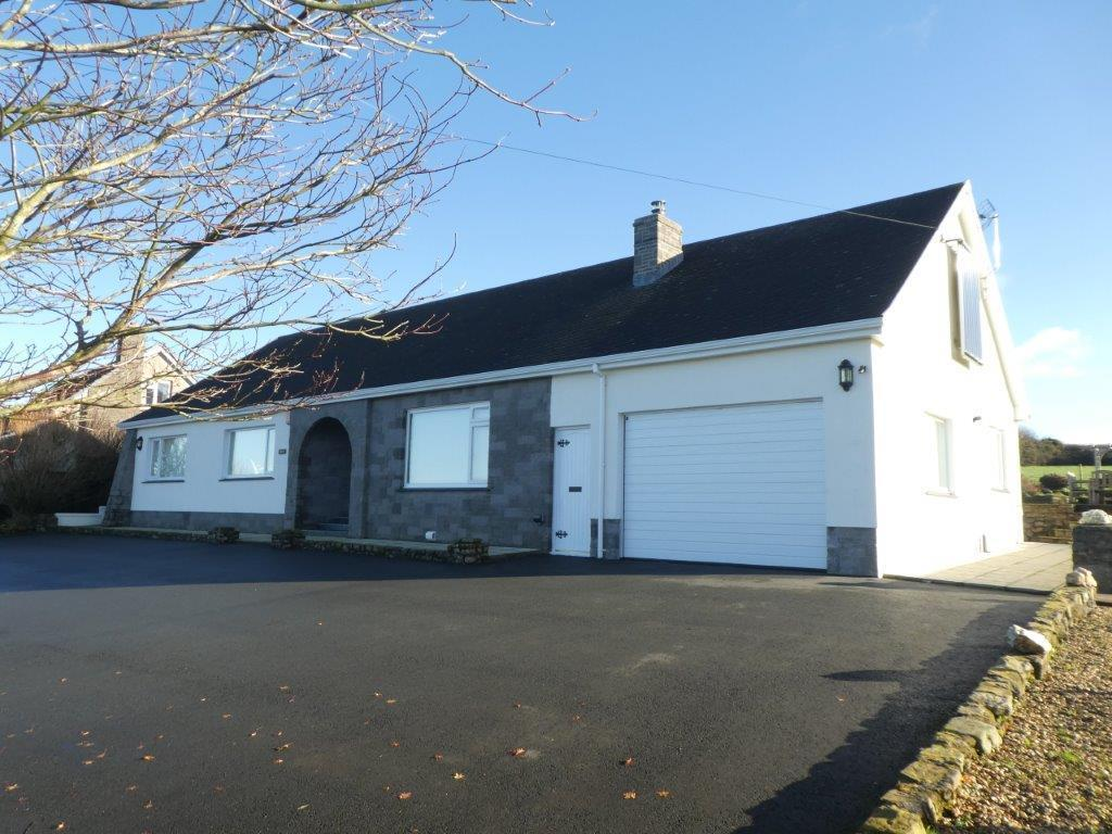 3 Bedrooms Bungalow for sale in Synod Inn, Llandysul