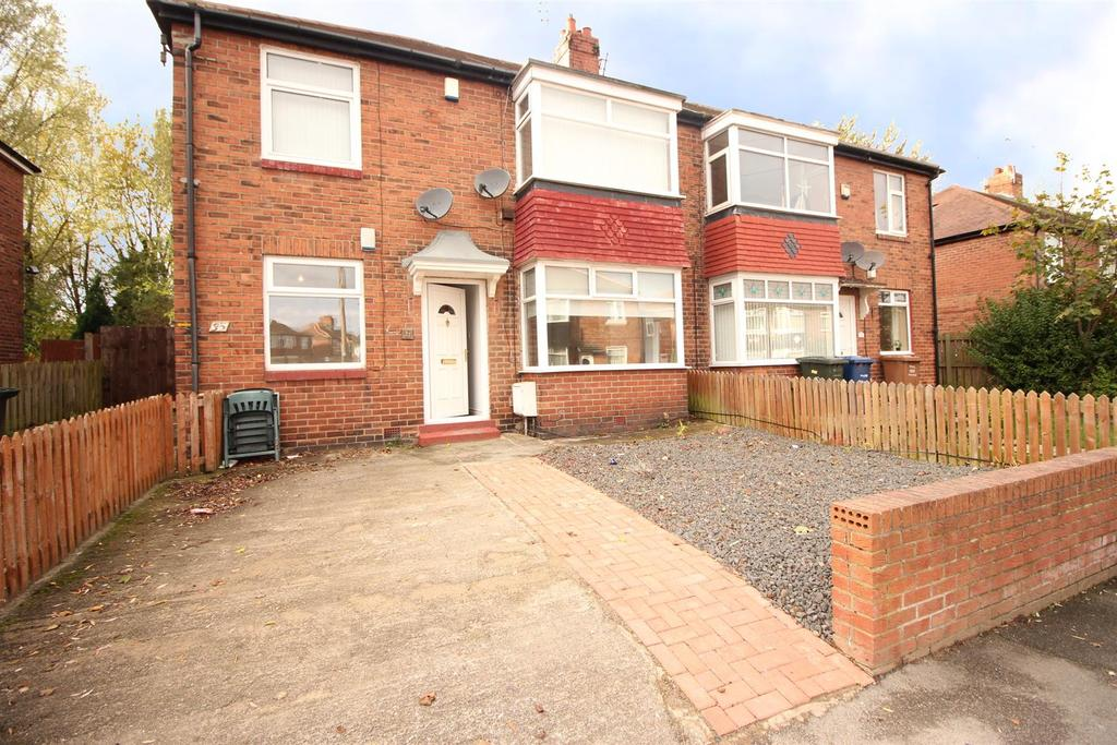 2 Bedrooms Flat for sale in Kentmere Avenue, Newcastle Upon Tyne