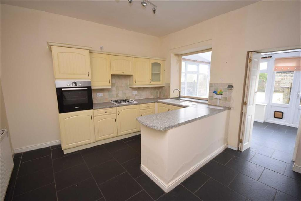 3 Bedrooms Terraced House for sale in Hall Road, Trawden, Lancashire