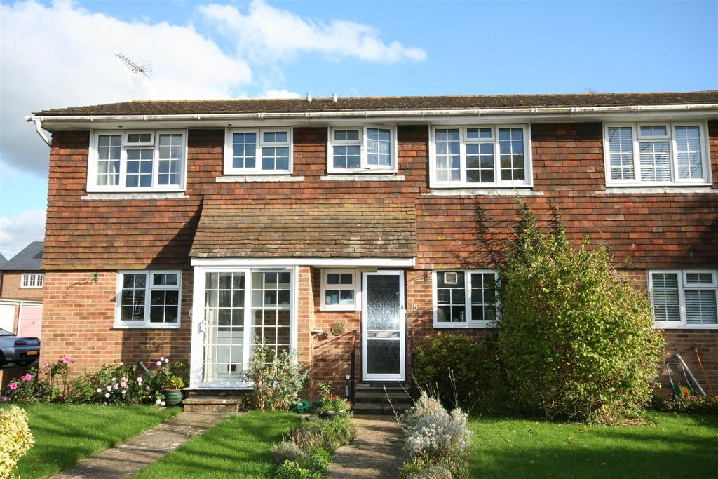 2 Bedrooms Terraced House for sale in Barn End, Henfield