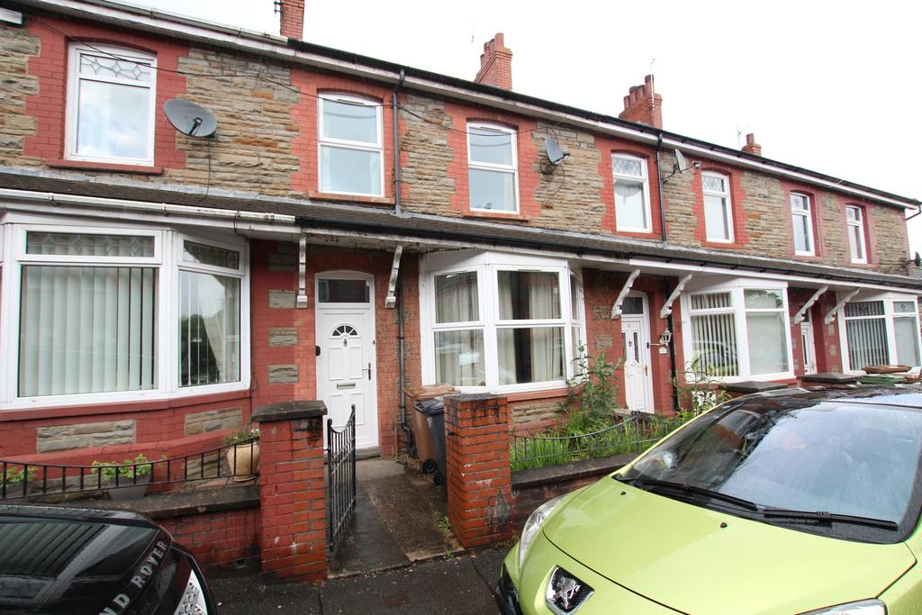 3 Bedrooms Terraced House for sale in Bridge Street, Blackwood NP12