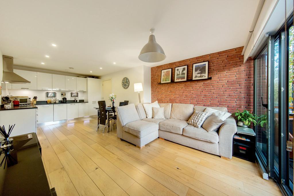 2 Bedrooms Flat for sale in Harrow Road, NW10