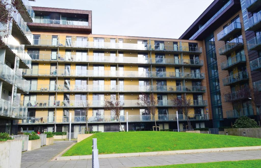 2 Bedrooms Flat for sale in Glasgow Harbour Terrace, Flat 3/1, Glasgow Harbour, Glasgow, G11 6DJ