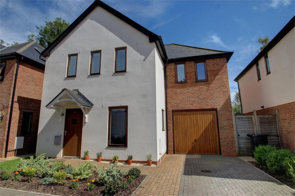 3 Bedrooms Detached House for sale in St Margarets Mews, Four Marks