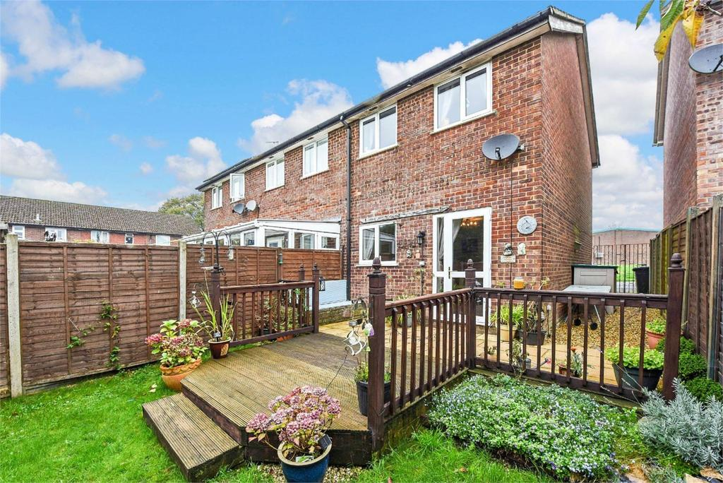 2 Bedrooms End Of Terrace House for sale in Hazel Road, Four Marks, Alton