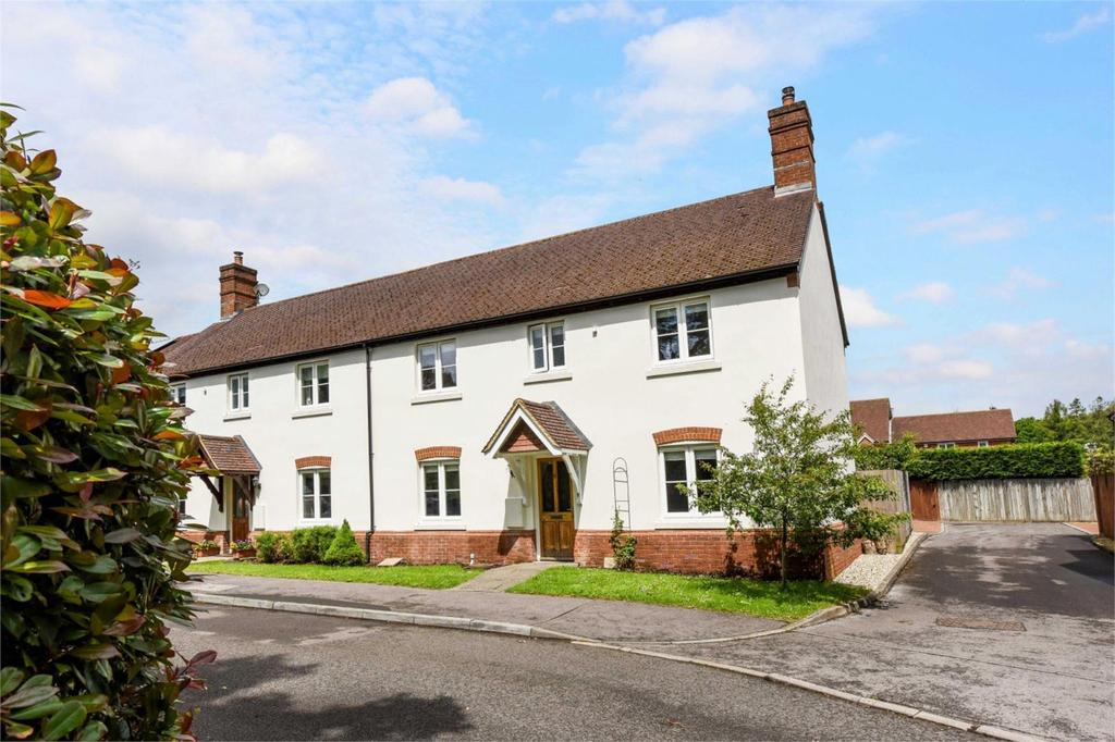 4 Bedrooms Semi Detached House for sale in Friars Oak, Medstead