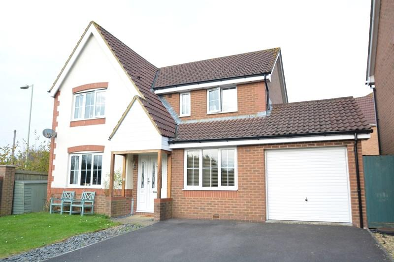 5 Bedrooms Detached House for sale in Celtic Drive, Andover
